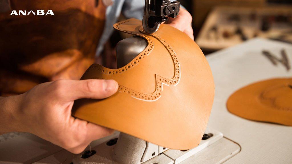 những người thợ làm giày lành nghề