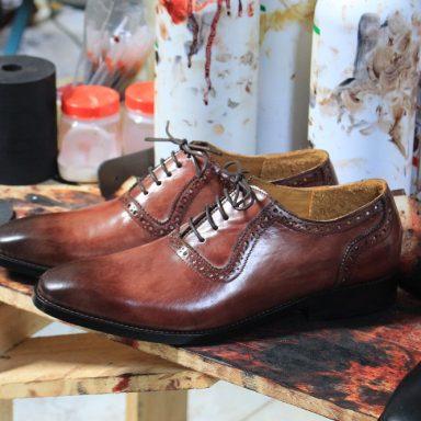 Bán buôn giày tây