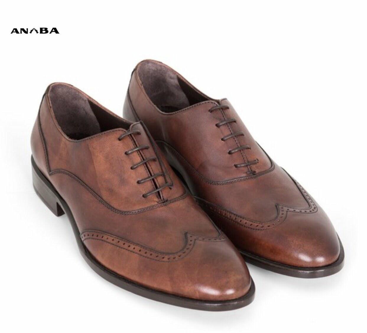 Giày da tổng hợp thường được sử dụng phổ biến với dân công sở
