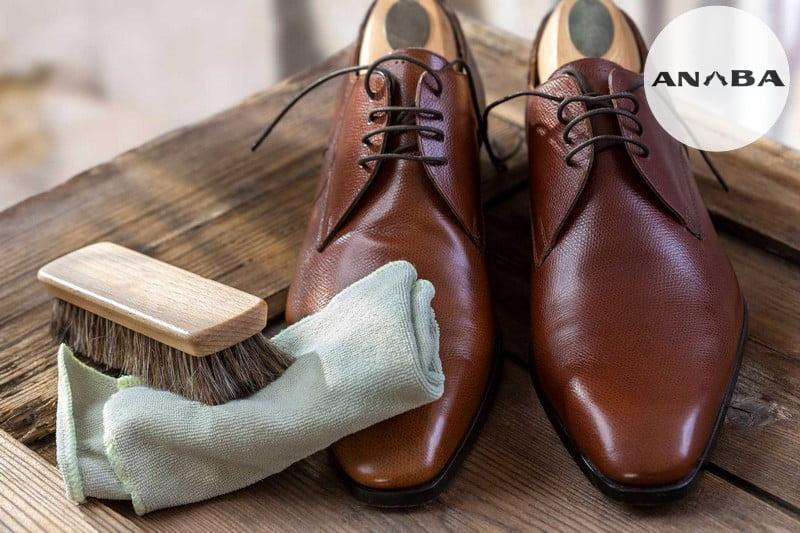 Làm Mới Giày Da Tại Nhà Có Dễ Dàng Không?